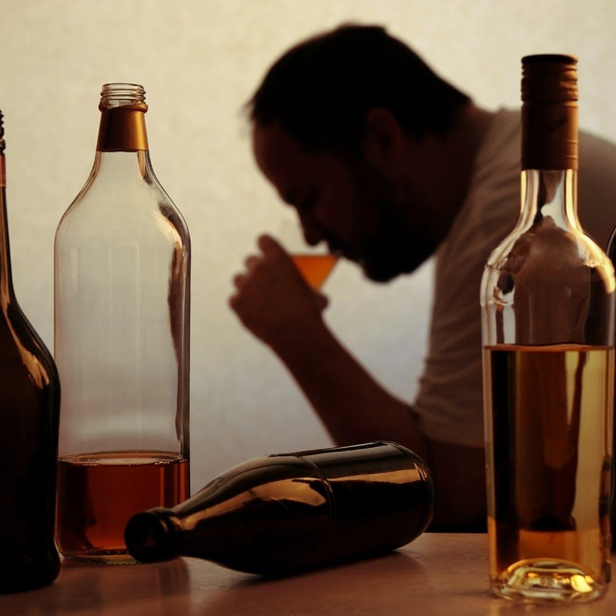 کمتر الکل مصرف کنید درمان خانگی و طبیعی فشار خون بالا