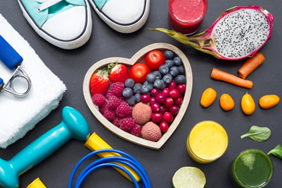 به منظور جلوگیری از سکته قلبی ، مواظب میزان کلسترول خونتان باشید.