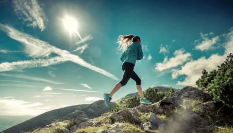به منظور جلوگیری از سکته قلبی ، فعالیت بدنی داشته باشید.