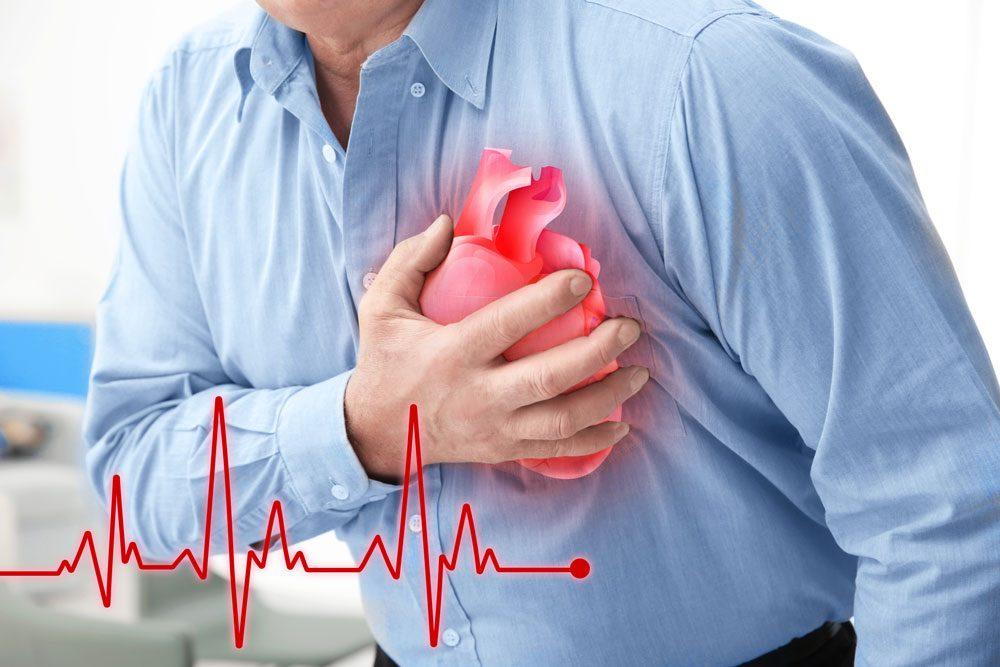 درد قفسه سینه:دلایل مختلف درد در این ناحیه
